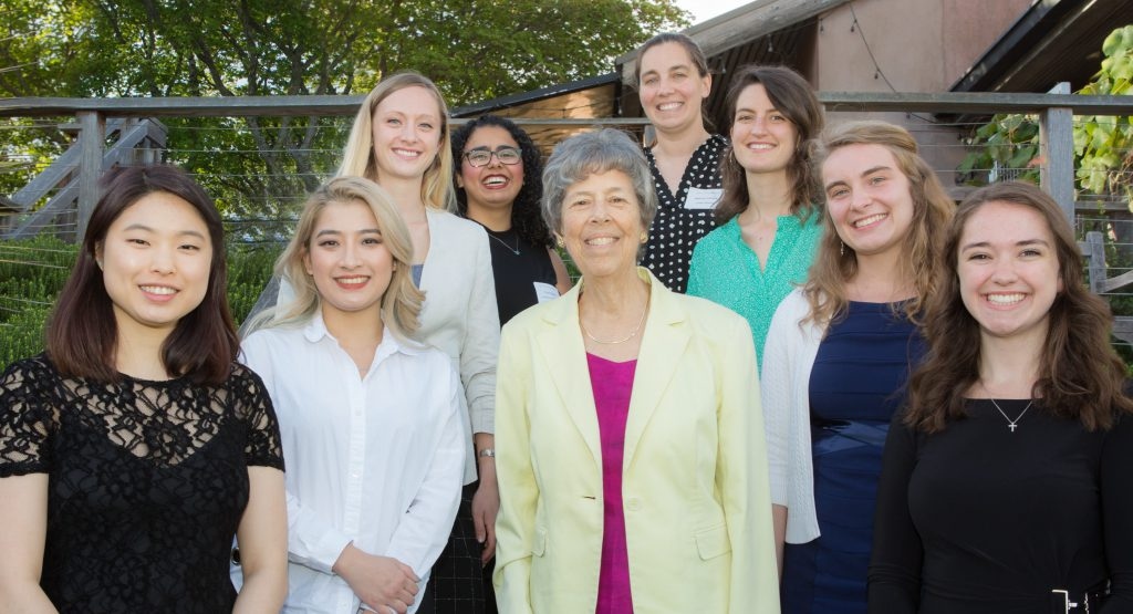 2019 Seattle AWIS undergraduate scholarship recipients and Scholarship Committee co-chairs.